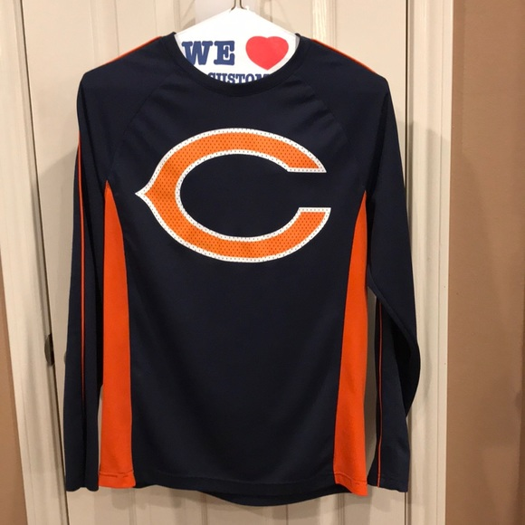 NFL Tops - Chicago Bears long sleeve top. NFL brand. Sz M